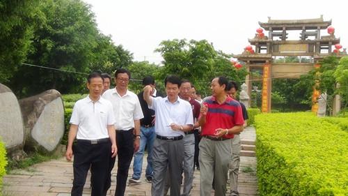 漳州市人大常委会张镇城副主任一行莅临我校指导工作图片
